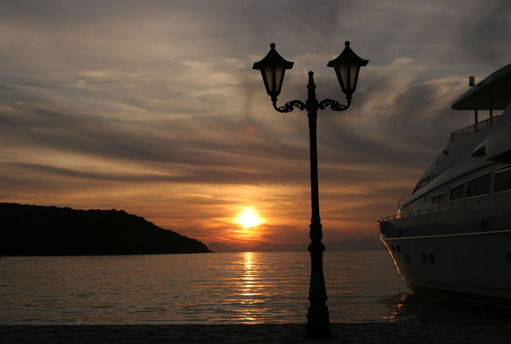 Sonnenuntergang in Griechenland ....