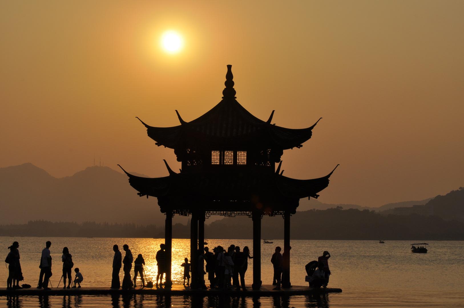 Sonnenuntergang in Hangzhou