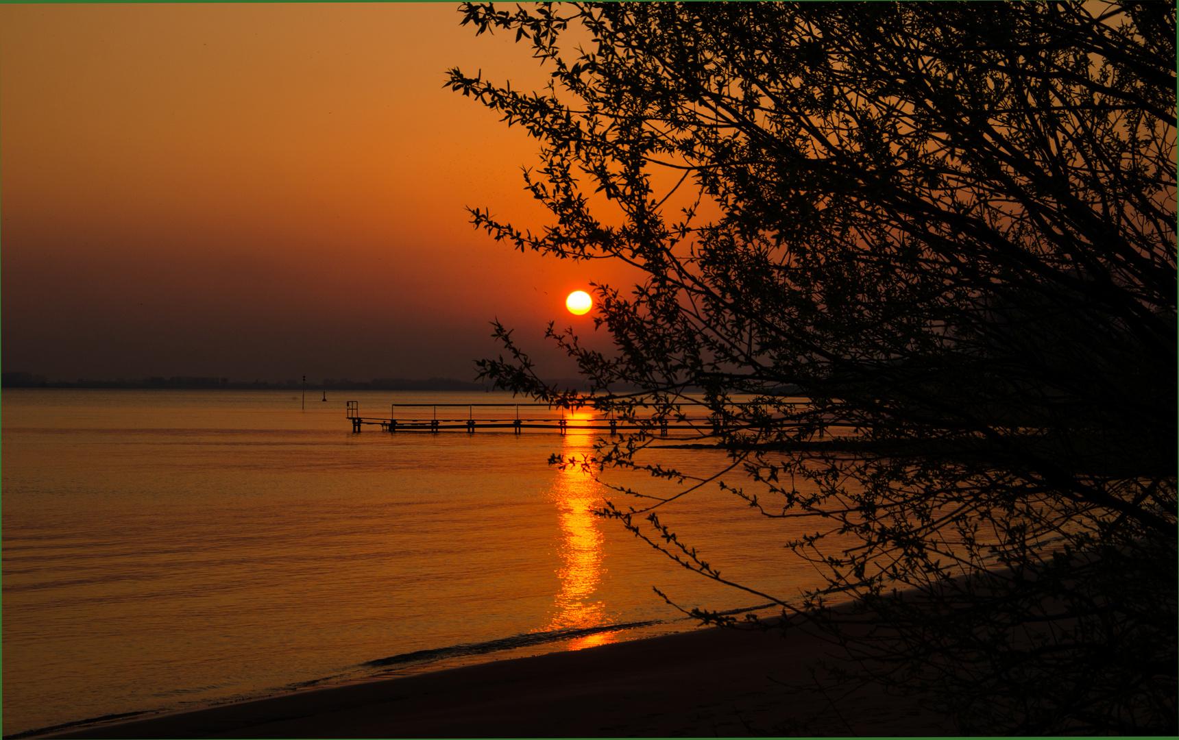 Sonnenuntergang in Kollmar am Hafen