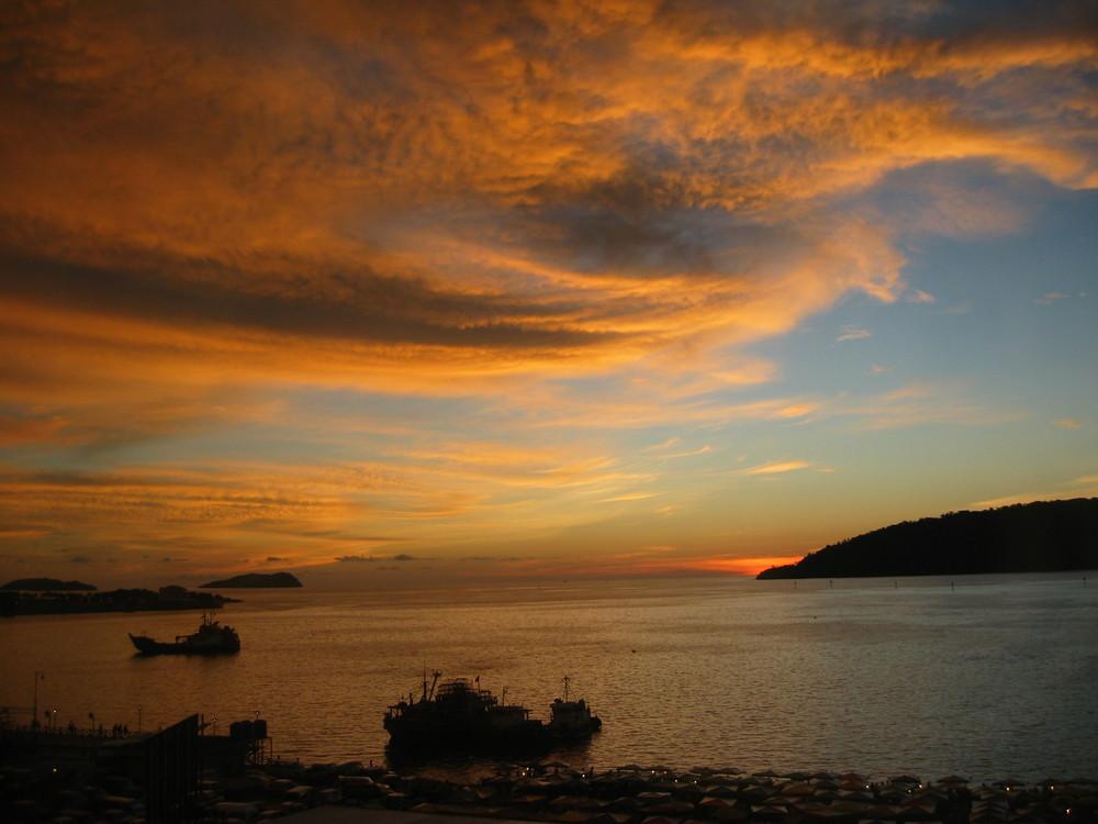 Sonnenuntergang in Kota Kinabalu/ Sabah