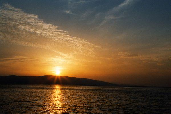 Sonnenuntergang in Kroatien während des Angelns