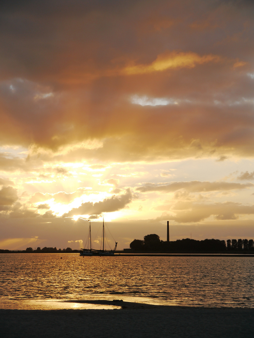 Sonnenuntergang in Lemmer, Niederlande