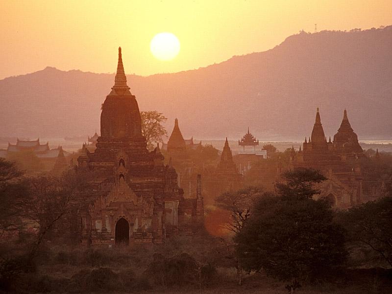 Sonnenuntergang in Myanmar - Teil 2