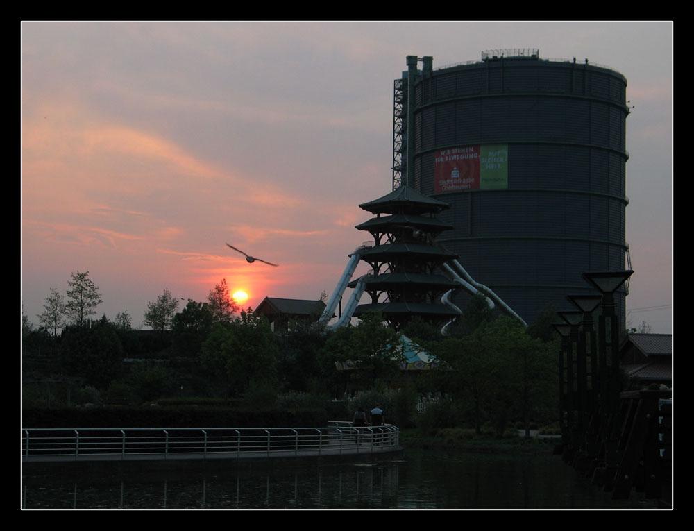 Sonnenuntergang in Oberhausen [K]