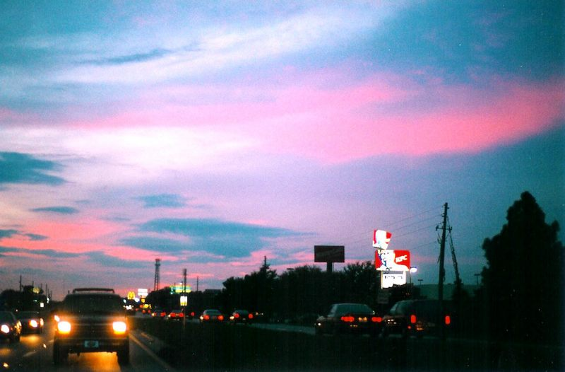 Sonnenuntergang in Orlando Vol. II - aus der Ladefläche eines Pick-Up-Trucks photographiert.