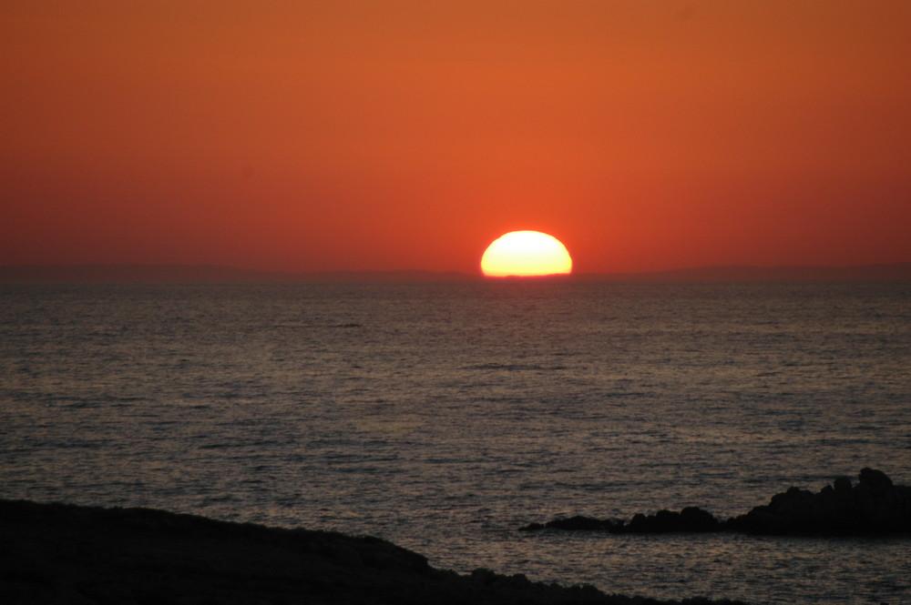 Sonnenuntergang in Parikia (Griechenland)