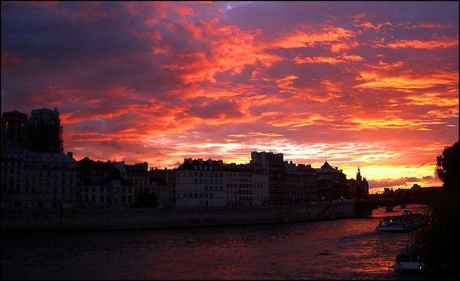 Sonnenuntergang in Paris I