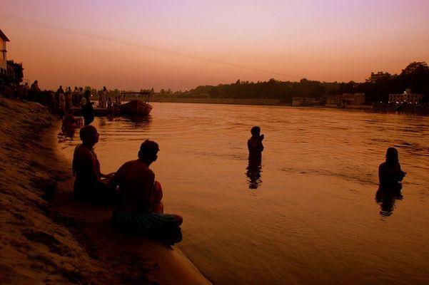 Sonnenuntergang in Rishikesh