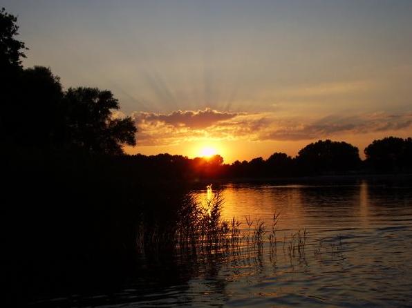 Sonnenuntergang in Wolfsburg
