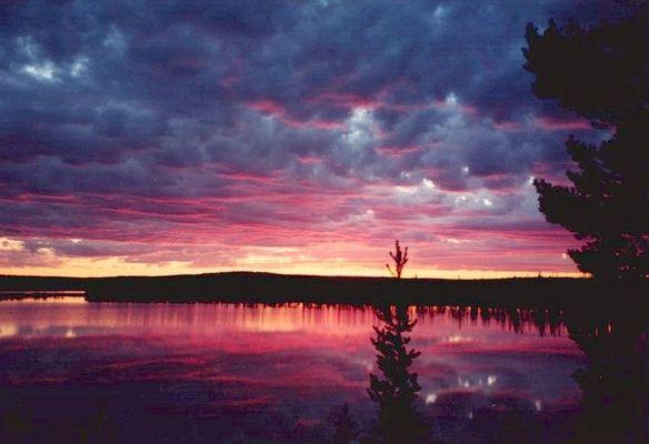 Sonnenuntergang in Ylläs, Finnland