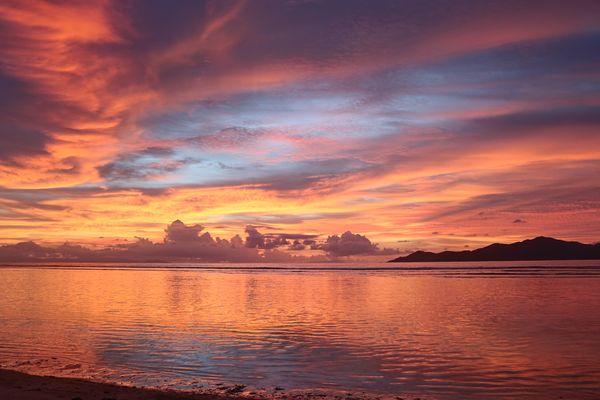 Sonnenuntergang, La Digue, Seychellen