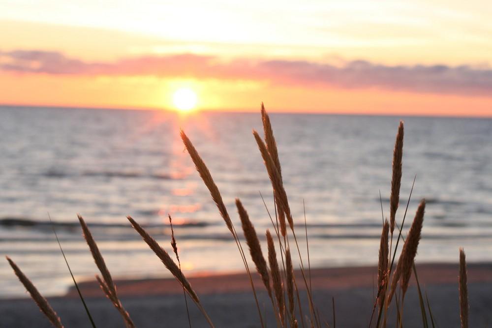 Sonnenuntergang Lettland Ostsee