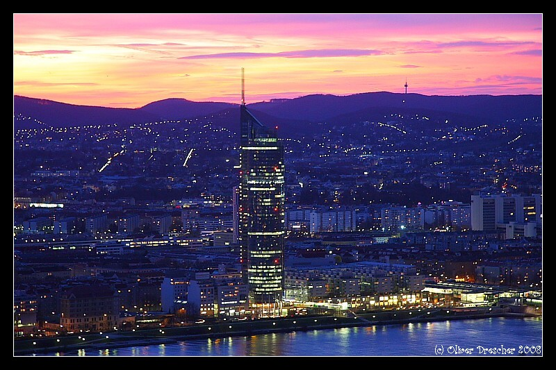 Sonnenuntergang Millenium Tower Wien