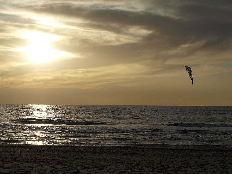 Sonnenuntergang mit Drachen
