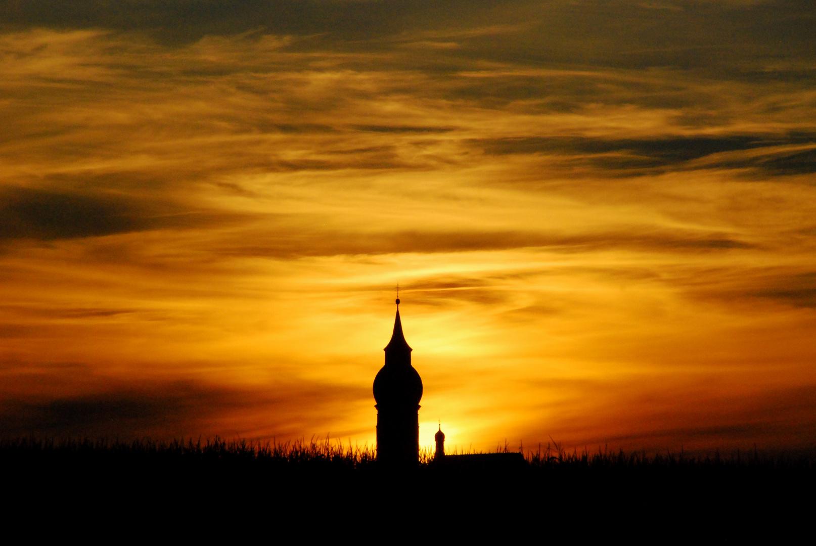 Sonnenuntergang mit Kloster Andechs, Bayern 31