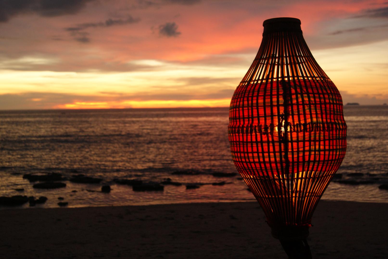Sonnenuntergang mit Lampe