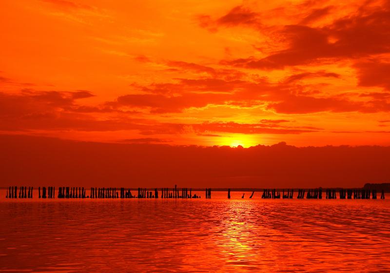 Sonnenuntergang mit Orangefilter