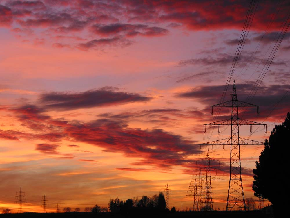 Sonnenuntergang mit Strommasten (Maichingen)