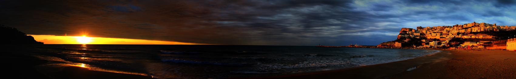 Sonnenuntergang nach heftigem Gewitter