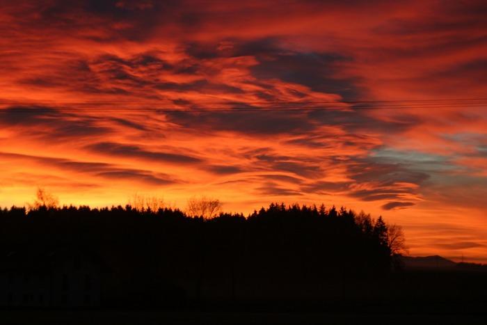 Sonnenuntergang oder Weltuntergang?