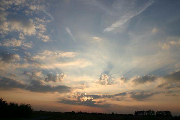 Sonnenuntergang über dem Elsbachtal