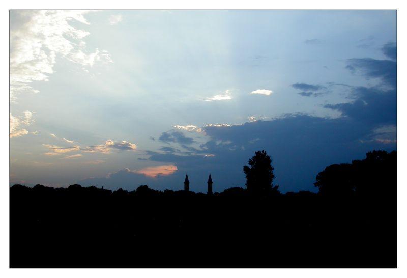 Sonnenuntergang über dem Englischen Garten