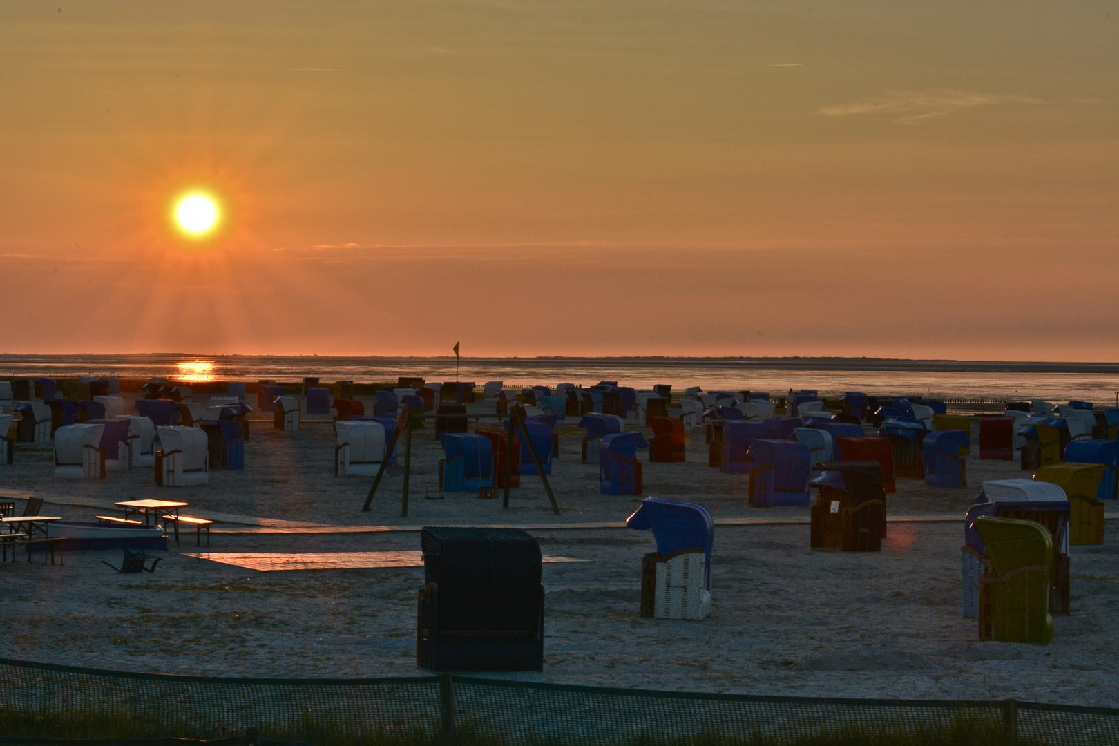 Sonnenuntergang über dem Strand...