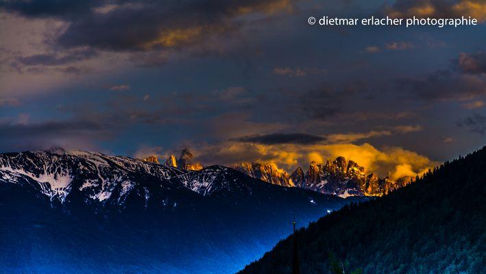 Sonnenuntergang über den Dolomiten