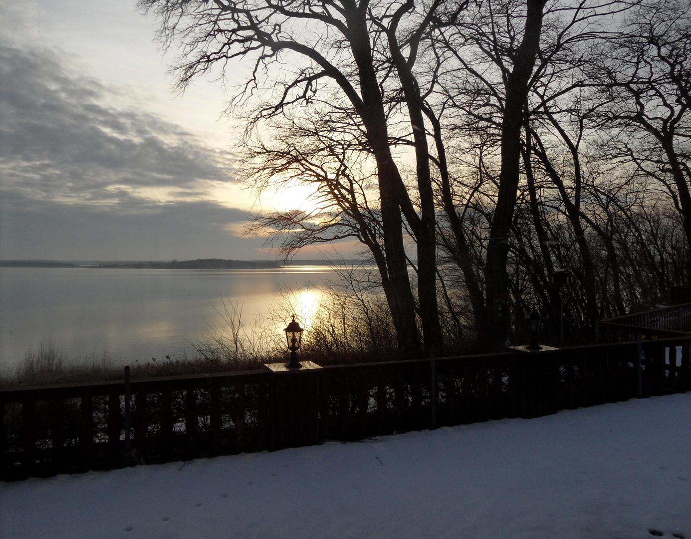 Sonnenuntergang über den Goitzschesee (Winter)