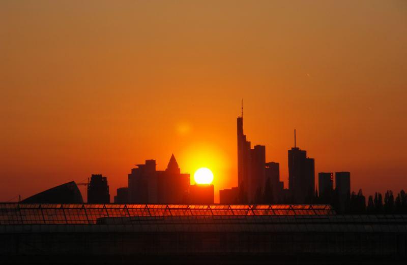 Sonnenuntergang über der Skyline