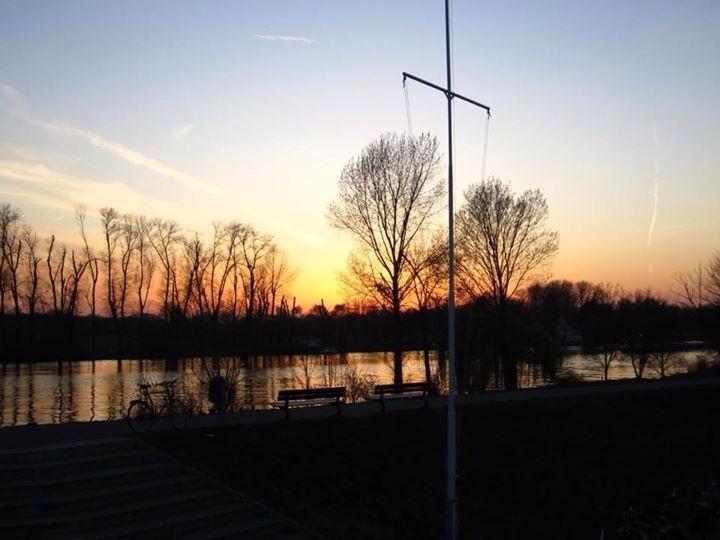 Sonnenuntergang über Hanau