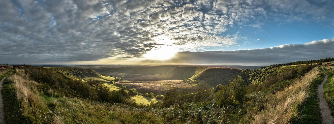 "Sonnenuntergang über ""Hole of Horcum"", North York Moors National Park"