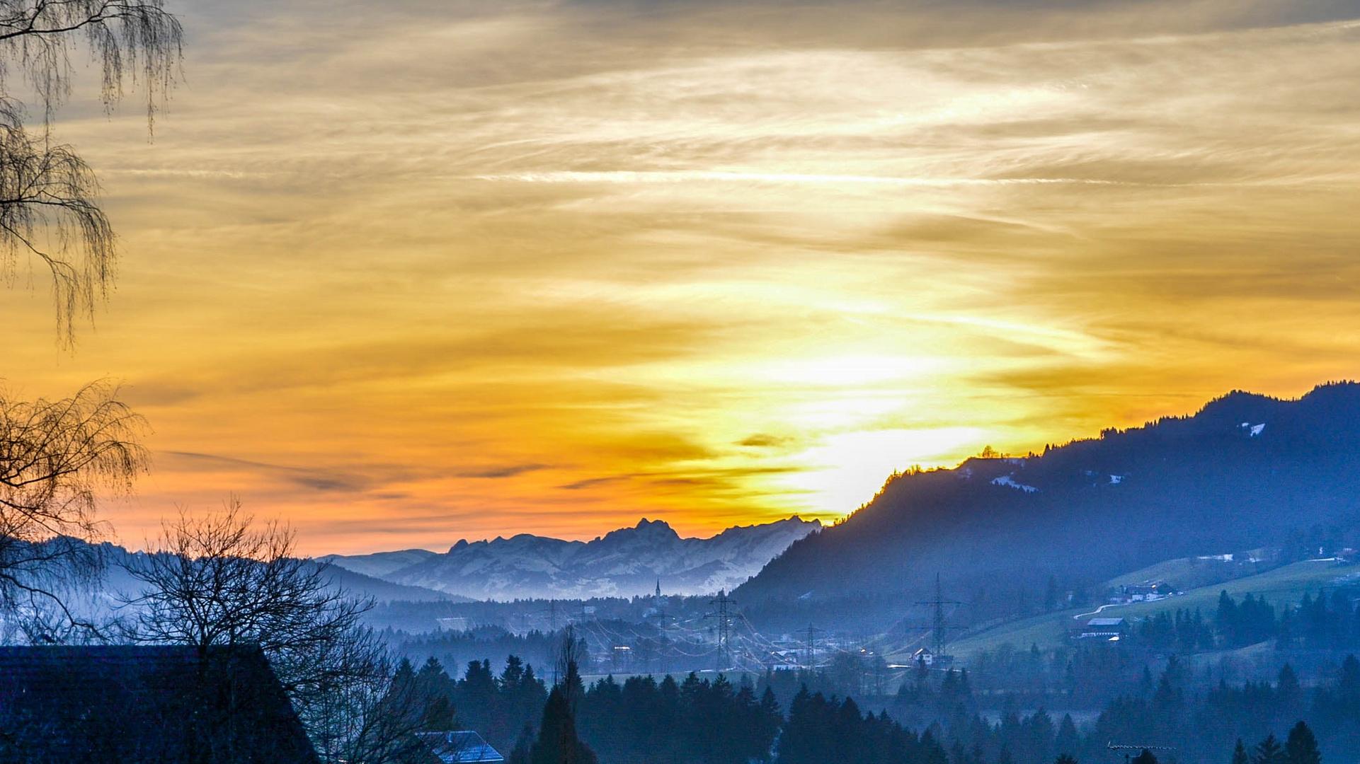 Sonnenuntergang über Langen bei Bregenz
