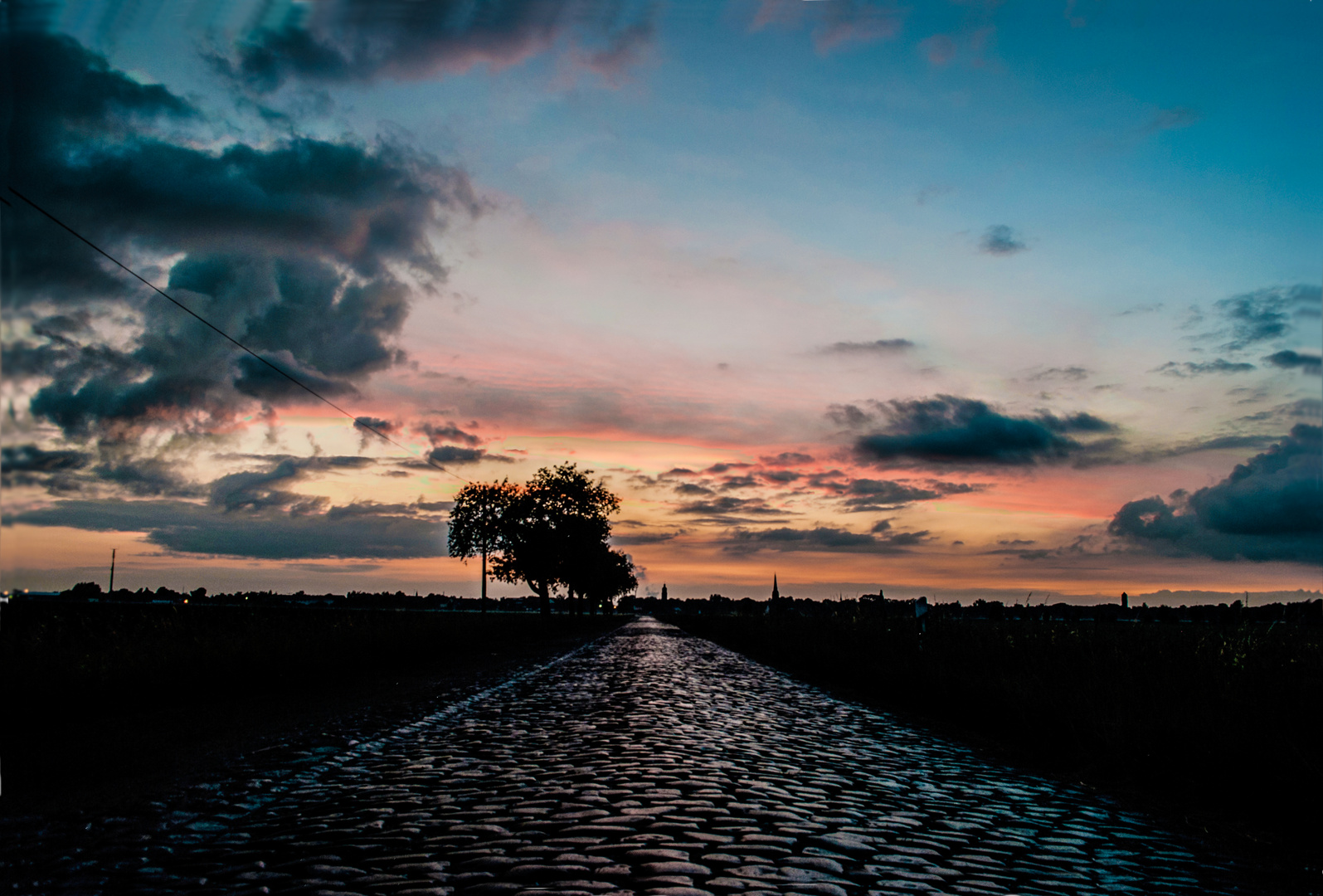 Sonnenuntergang über Lützen