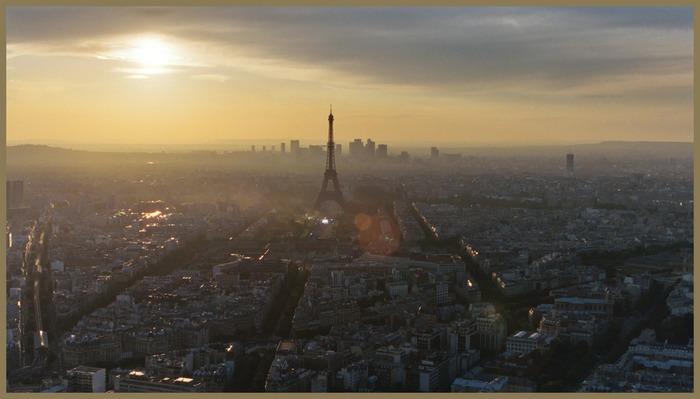 Sonnenuntergang über Paris I
