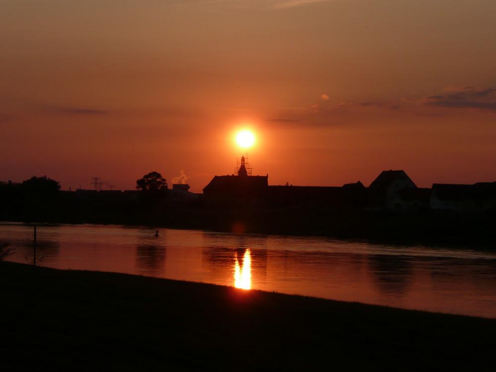 Sonnenuntergang über Promnitz bei Riesa