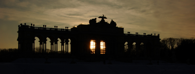 Sonnenuntergang über Schönbrunn..