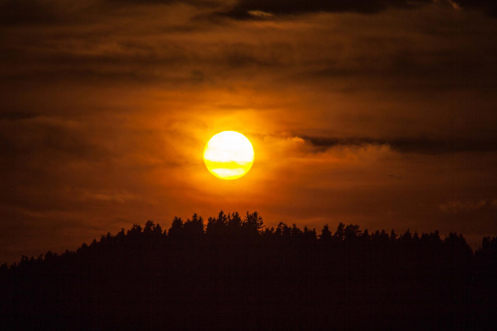 Sonnenuntergang über St.Oswald bei Freistadt