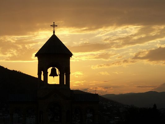 Sonnenuntergang über Tiflis