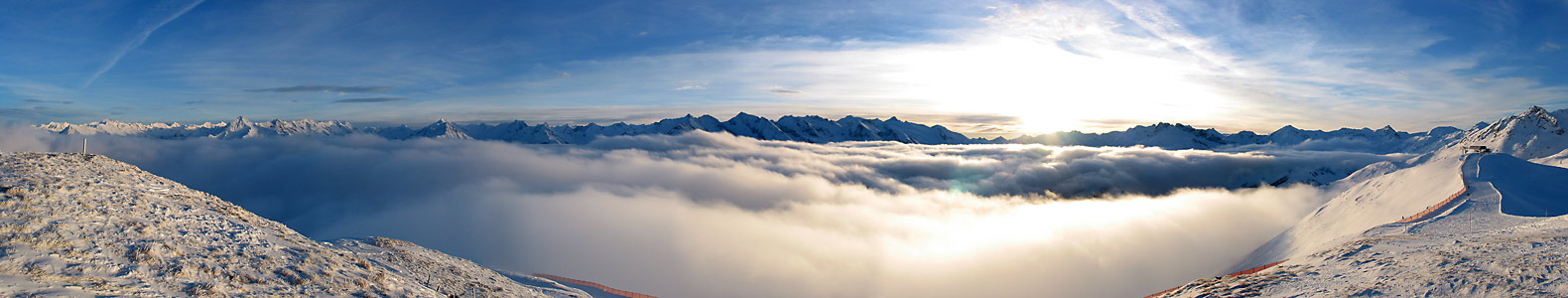 Sonnenuntergang über Zillertaler und Tuxer Alpen