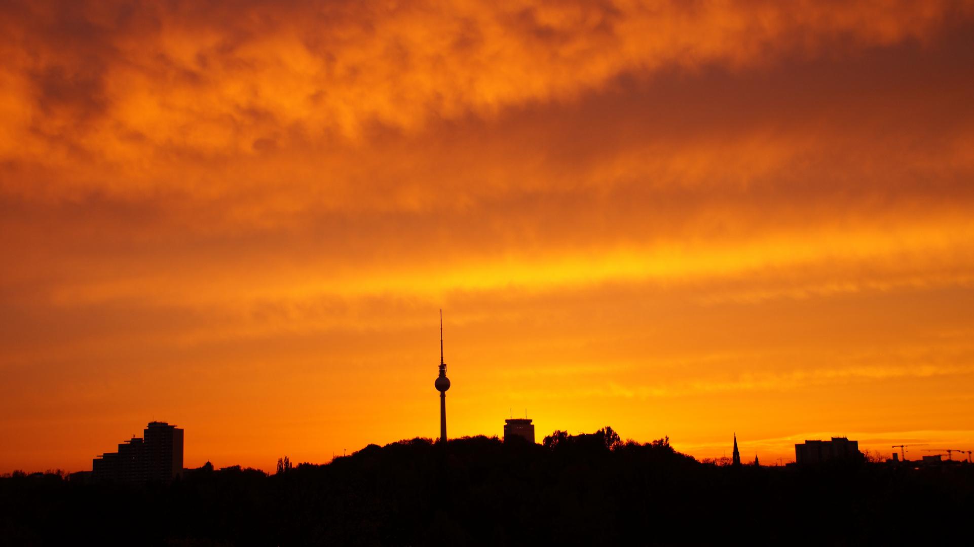 Sonnenuntergang übern Alexanderplatz