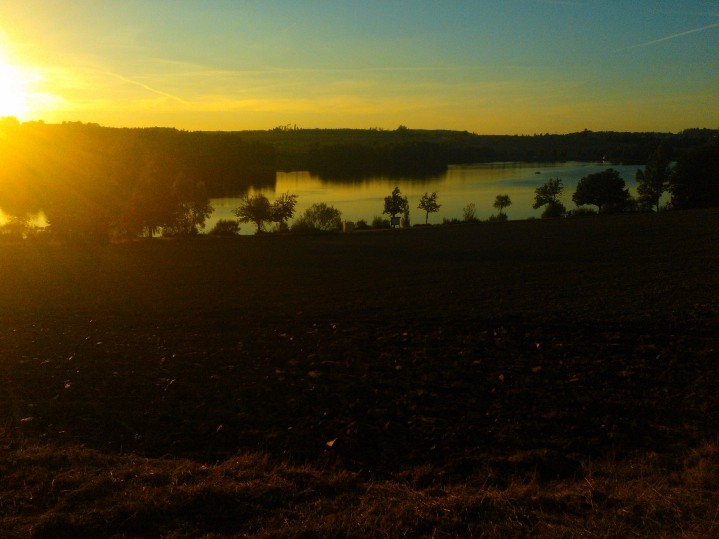 Sonnenuntergang übern See