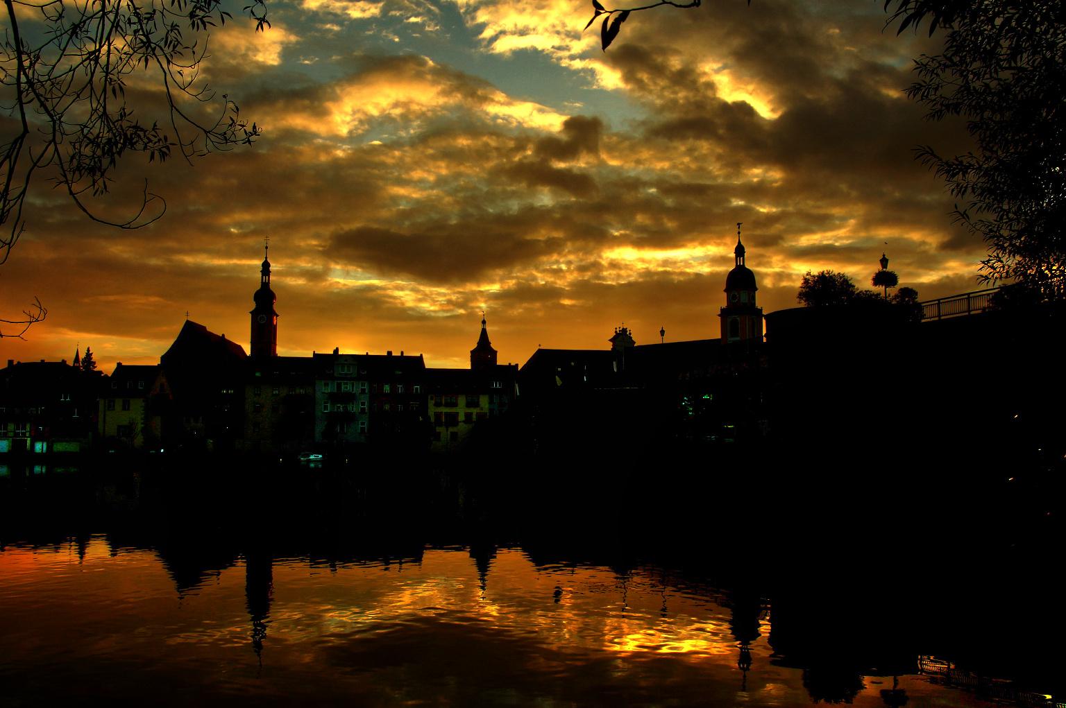 Sonnenuntergang üer Kitzingen