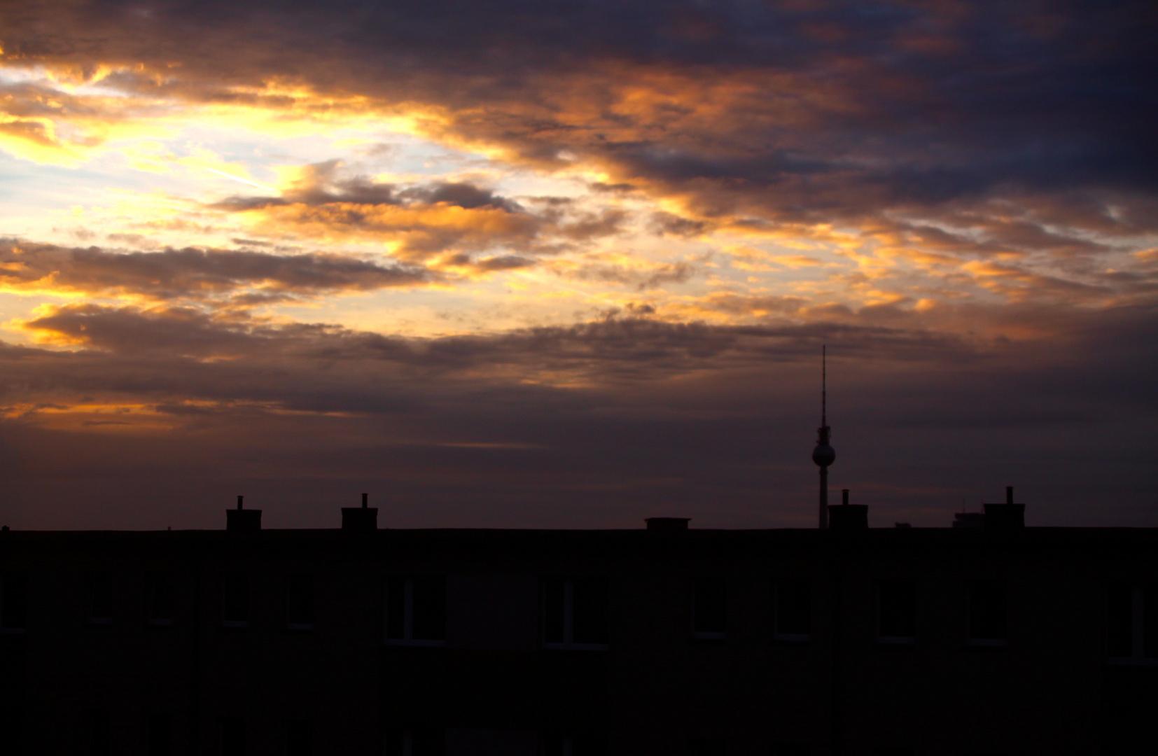 Sonnenuntergang und Berliner Fernsehturm #2