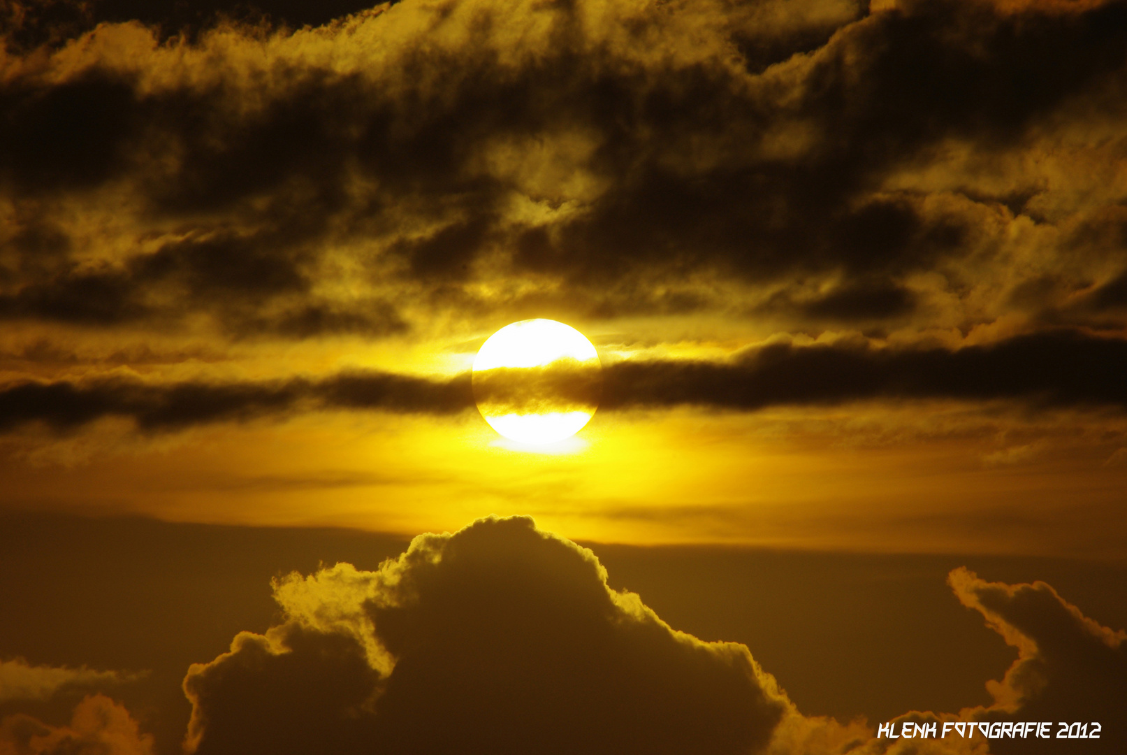 Sonnenuntergang Utersum/Föhr 2012