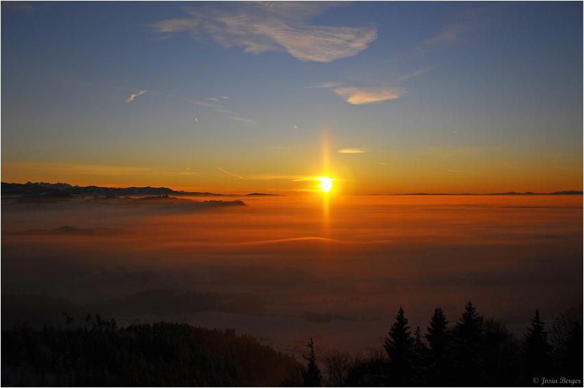 Sonnenuntergang (vom Aussichtsturm Bantiger aus gesehen)