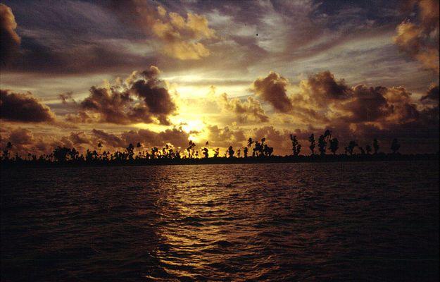 Sonnenuntergang vor Mopelia