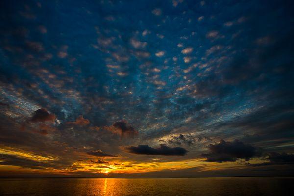 Sonnenuntergang vor Sankt Petersburg