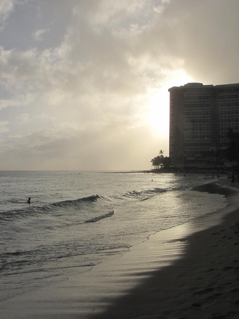 Sonnenuntergang Waikiki Beach