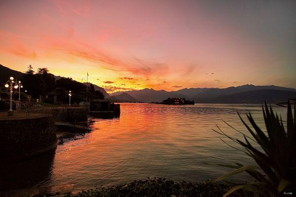 Sonnenutergang am Lago Maggiore